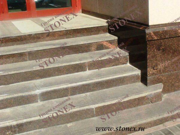 Облицовка лестниц гранитом 31