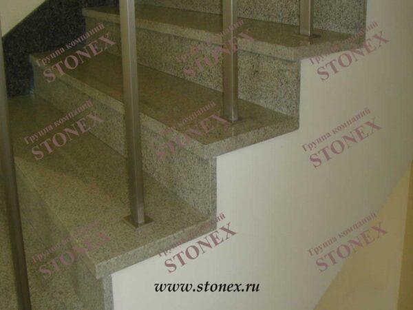 Облицовка лестниц гранитом 45